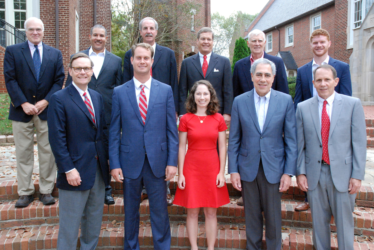 Headmaster's Awards Service Honors 14 During Alumni Weekend